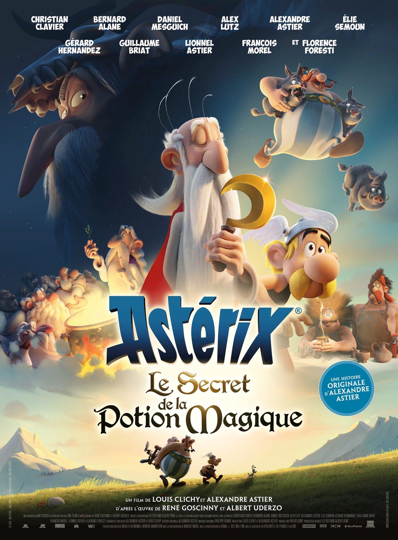 Nouvelle affiche du film Astérix et Le Secret de la Potion Magique écrit par Alexandre Astier. On y voit tous les personnages avec au centre Panoramix tenant sa fameuse serpe d'or, un peu à la manière d'une affiche de film d'aventure à l'ancienne comme celles de Star Wars
